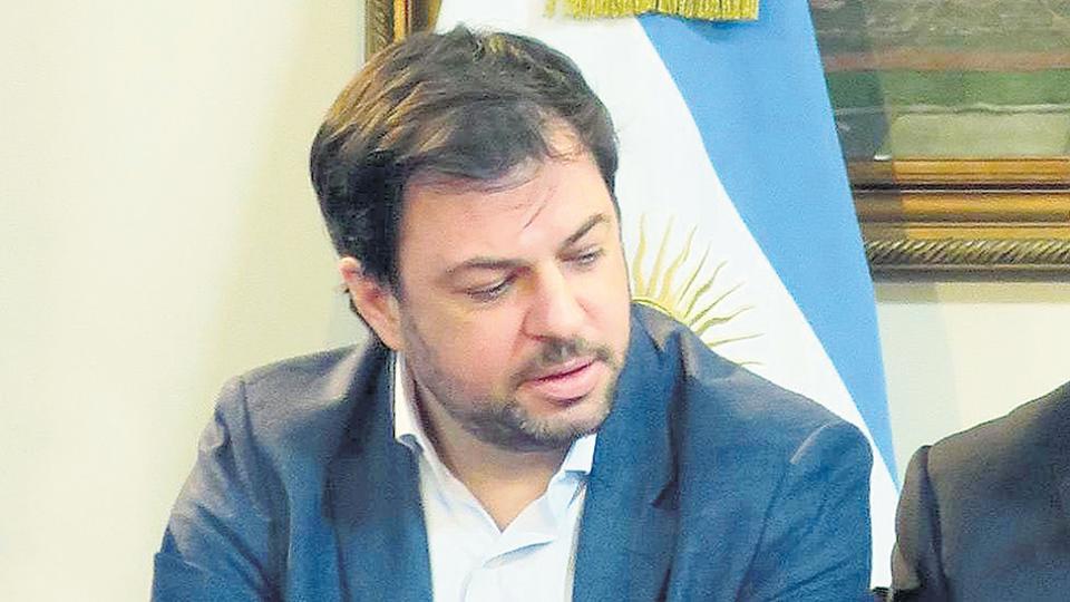 El subsecretario de la Presidencia, Valentín Díaz Gilligan, otro funcionario macrista con cuentas afuera.