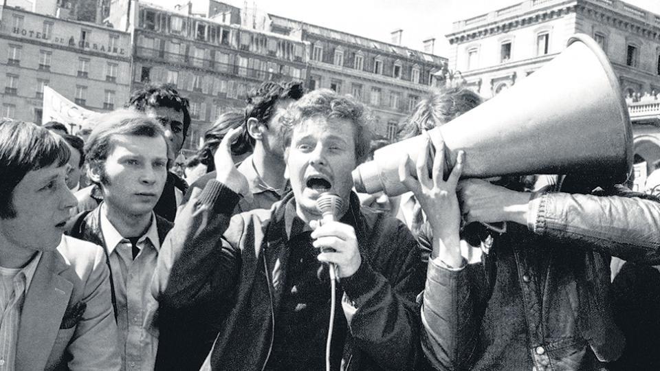 Los estudiantes iniciaron la ocupación de universidades en marzo del 68; en la foto uno de sus líderes, Daniel Cohn Bendit.