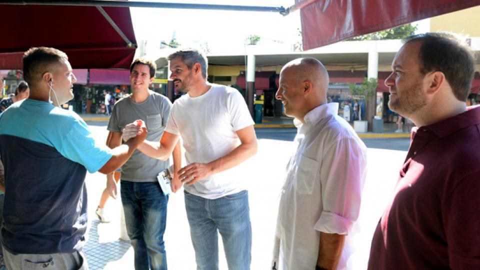 Peña timbreó en Pilar junto al intendente Ducoté.