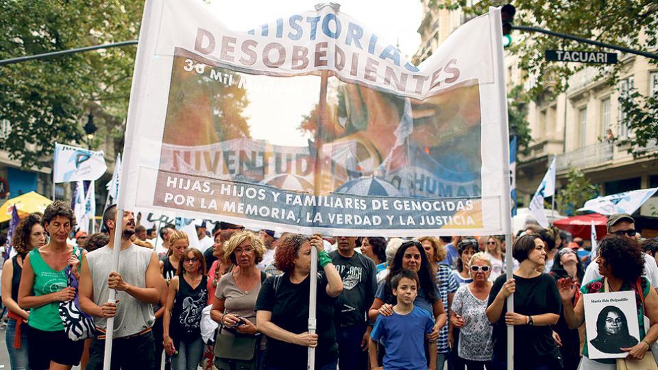 """""""Historias desobedientes"""", una de las organizaciones que marchó ayer."""