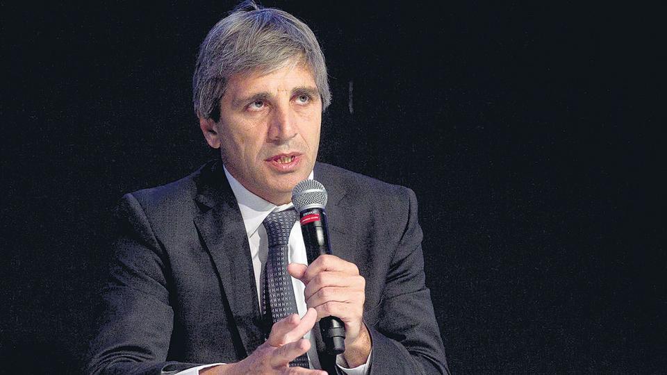 Luis Caputo, titular de Finanzas, con nuevo sistema de licitación.