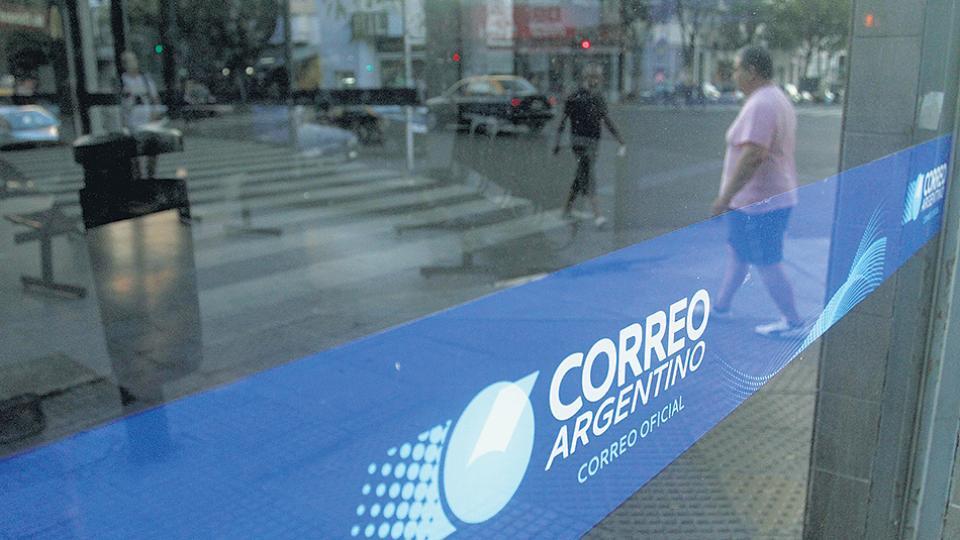 En una nueva presentación judicial, el Correo Argentino pide definiciones con el objetivo de demandar al Estado.