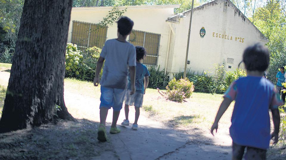 La escuela Nº 25, de arroyo Caracoles, continuará en funcionamiento.