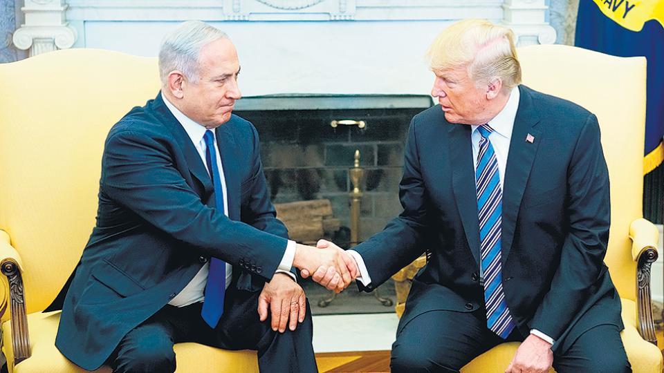 """No nos vamos a echar atrás"", dijo Trump junto al premier israelí Netanyahu."