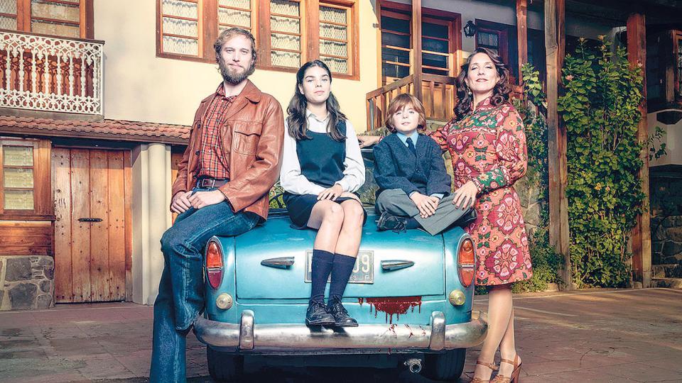 Callejas y Townley vivían en una enorme casona en las afueras de Santiago, junto a sus dos hijos.