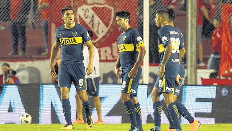 Los jugadores de Boca no encuentran respuestas a la segunda derrota consecutiva en la Superliga.