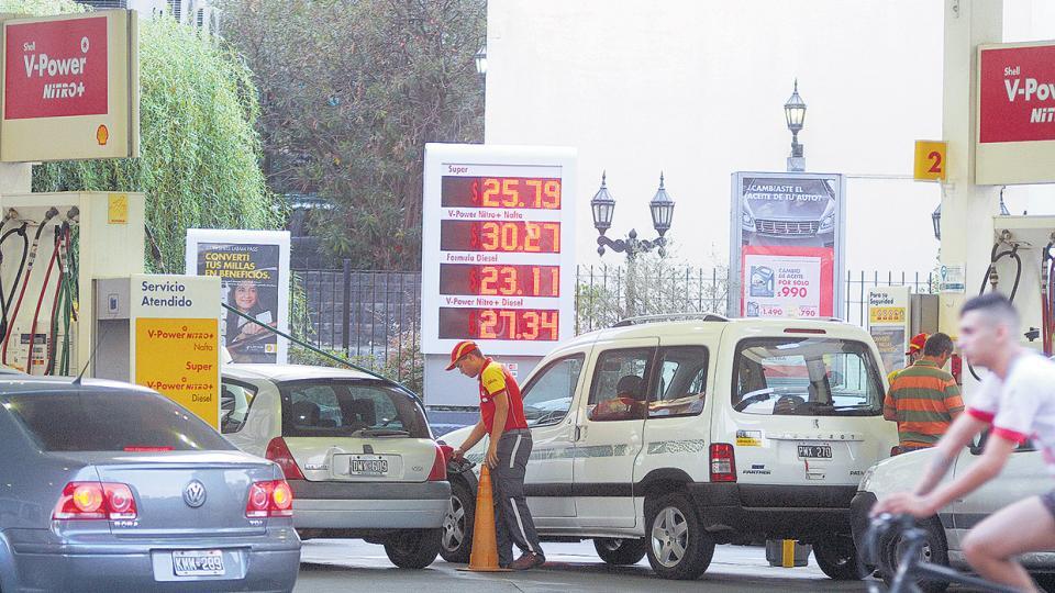 Shell aumentó los precios ayer. Desde octubre pasado, el Gobierno desreguló el mercado.