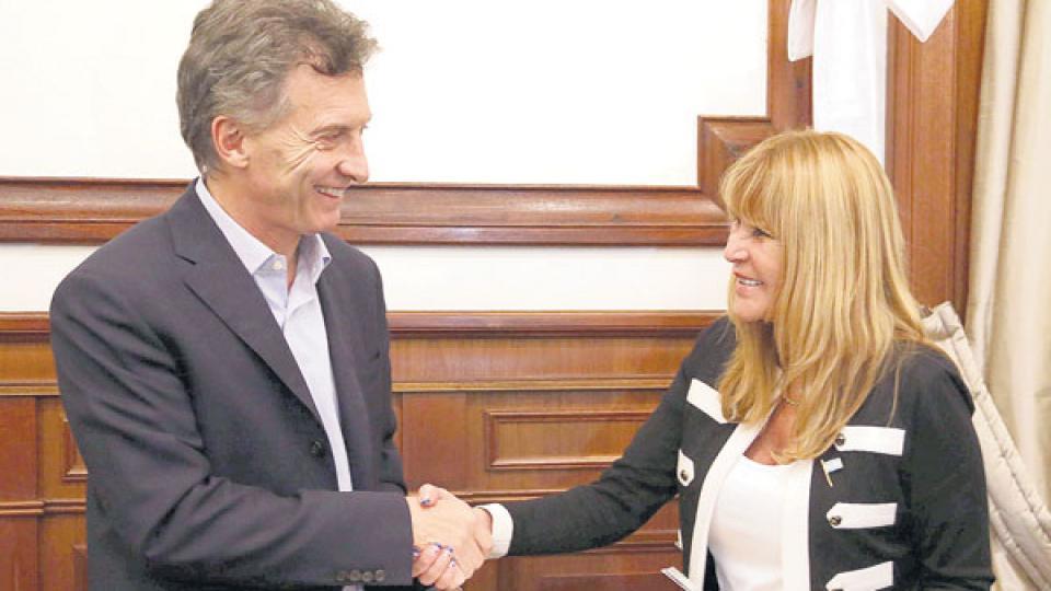 La diputada de Cambiemos Aída Ayala y el presidente Mauricio Macri compartieron actividades en Chaco.