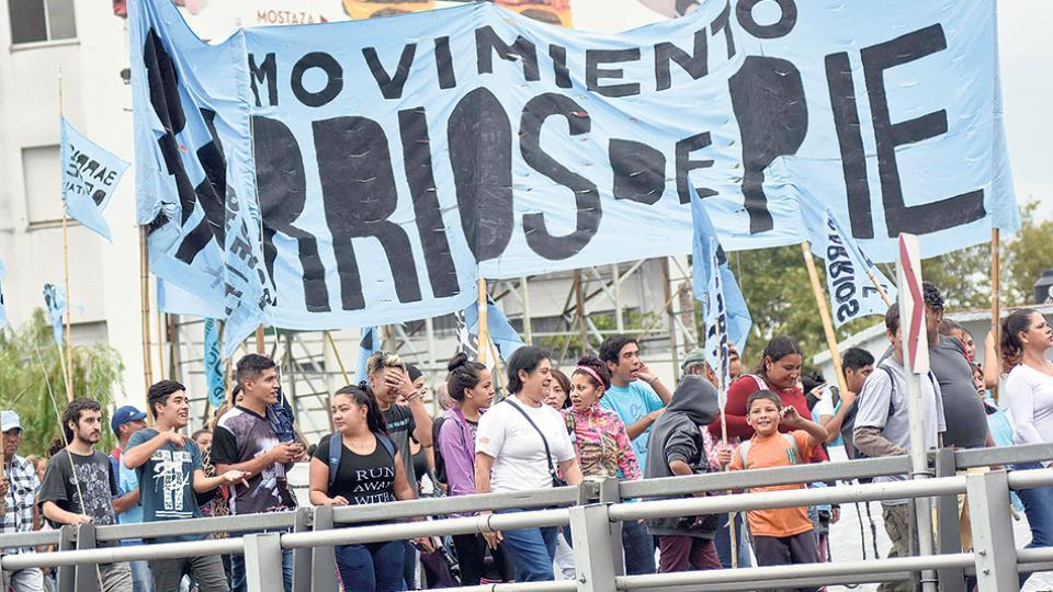 """""""Vamos a organizarnos gremialmente desde la dignidad del trabajo"""", explicaron los dirigentes sociales."""