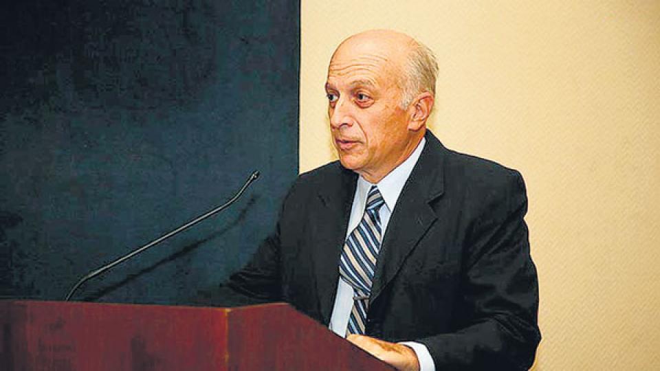 El procurador interino, Eduardo Casal, responsable de apartar a Zoni y aliviar la situación del Presidente.