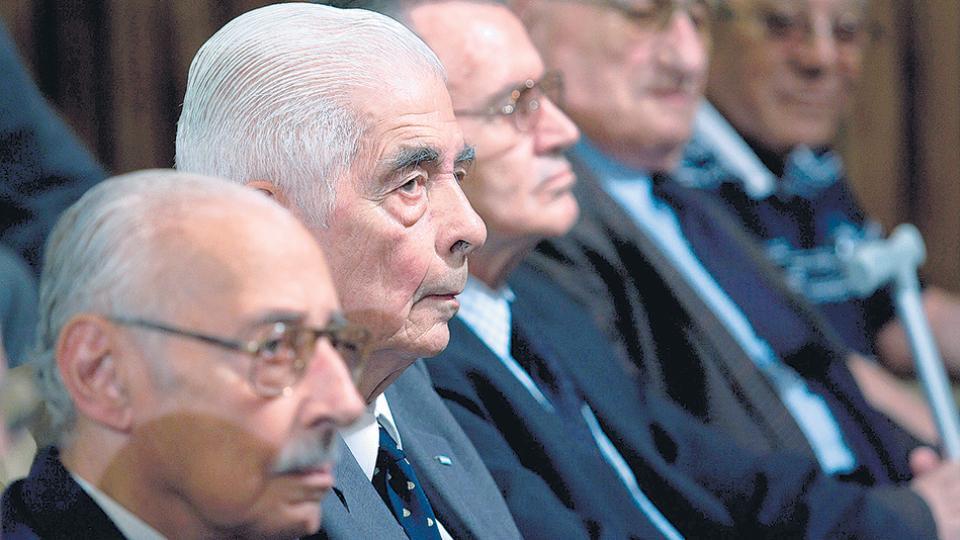 Entre los condenados en 2010 por la Justicia Federal de Córdoba figuraban los genocidas Videla y Menéndez.