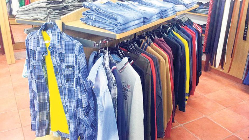 Los supermercados están a la cabeza de los importadores de indumentaria.