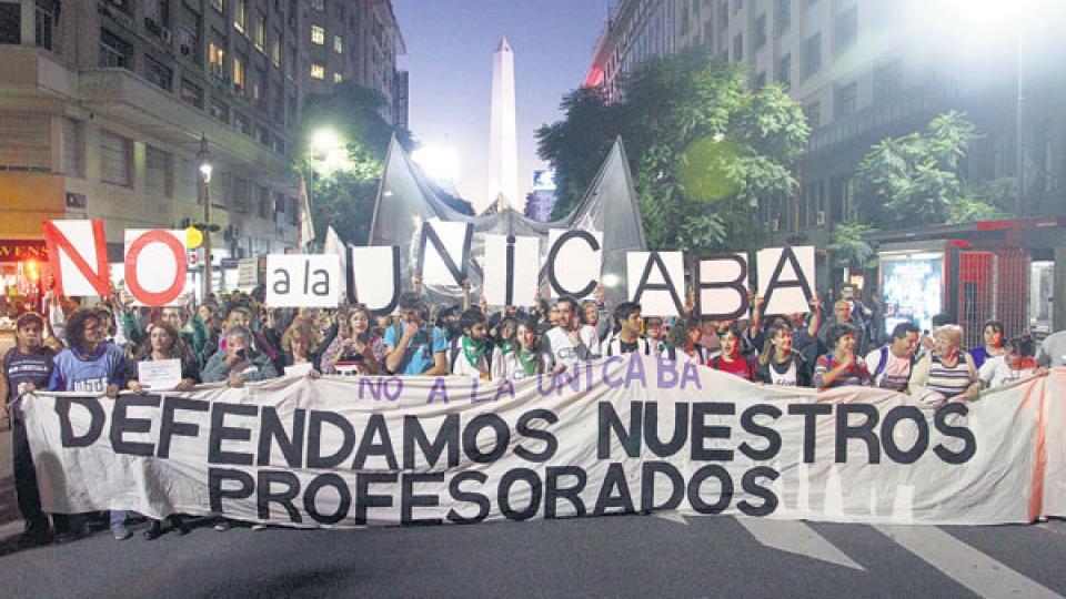 Los manifestantes reunieron alrededor de cinco cuadras de extensión de la columna.