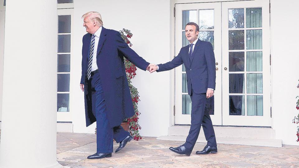 Los presidentes Trump y Macron mantuvieron una reunión y luego dieron una conferencia de prensa desde la Casa Blanca.