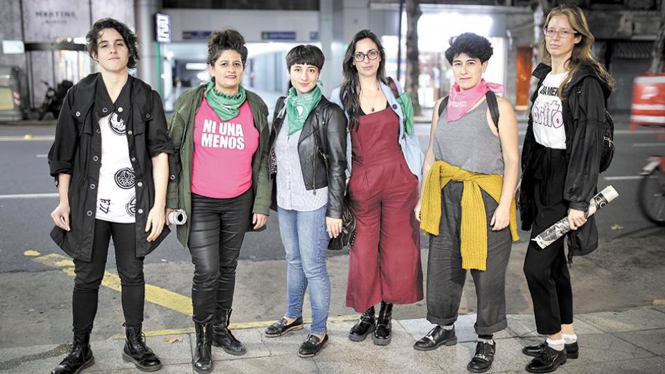 Luci Cavallero, Alejandra Rodríguez, Ana Megna, Verónica Gago, Mariela Scafatti y Cecilia Palmeiro, del Colectivo Ni Una Menos