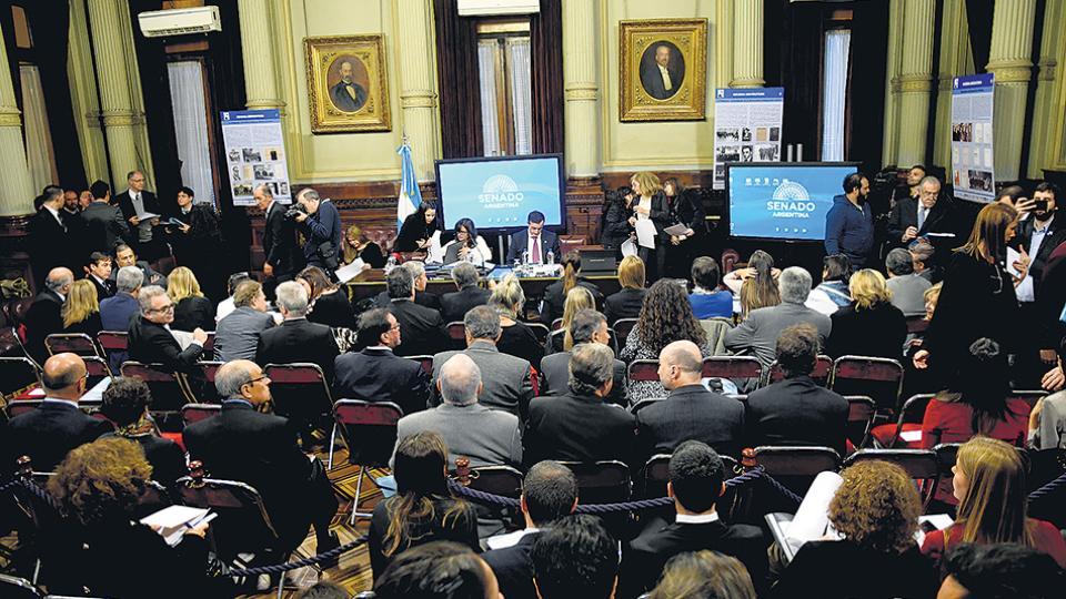 Los gobernadores pegaron el faltazo a la reunión de comisiones. Asistieron el ENRE y las cámaras empresarias.