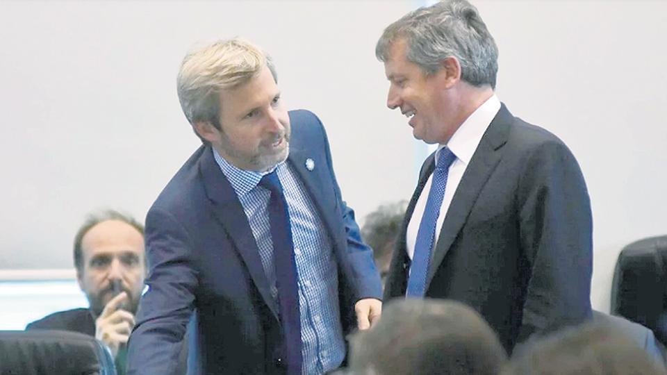 Rogelio Frigerio y Emilio Monzó volvieron ayer a las reuniones semanales con el Presidente y su entorno.