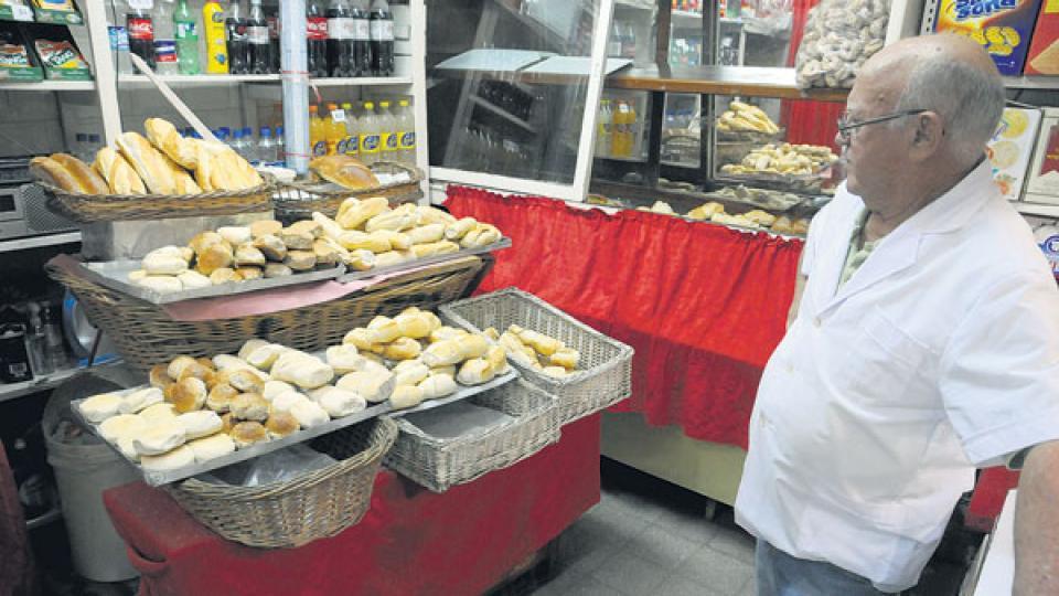 En abril, la bolsa de harina estaba 400 pesos y hoy cotiza a 600 pesos según el molino. Es una suba del 50 por ciento.
