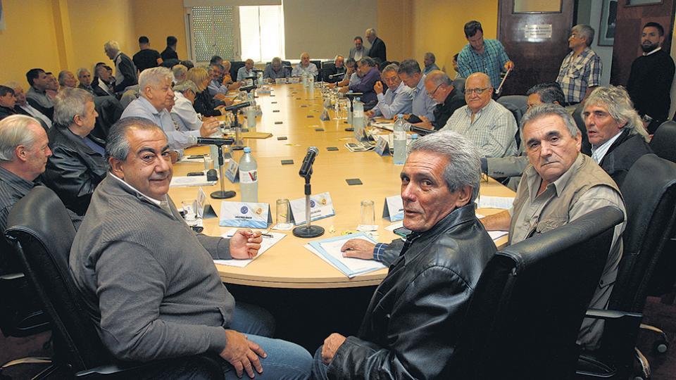 Las discusiones en el seno de la central afloraron en la última reunión del consejo directivo.
