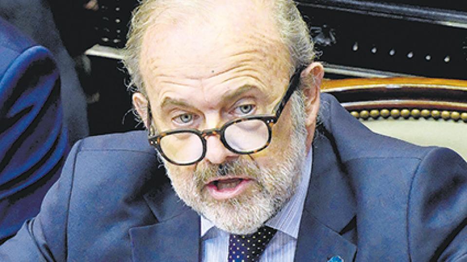 El diputado Eduardo Amadeo fue el miembro informante por el oficialismo.