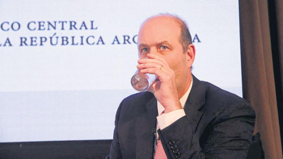 La medida que deberá responder Sturzenegger hizo lugar a un planteo que presentó ayer el abogado de CFK.
