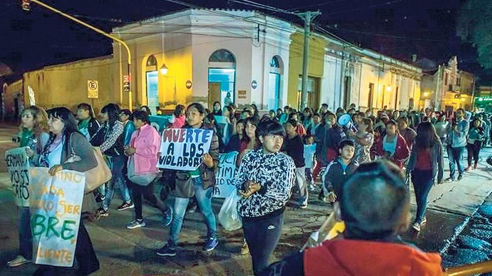 La movilización del lunes a la noche pidió medidas concretas para la seguridad de las mujeres.