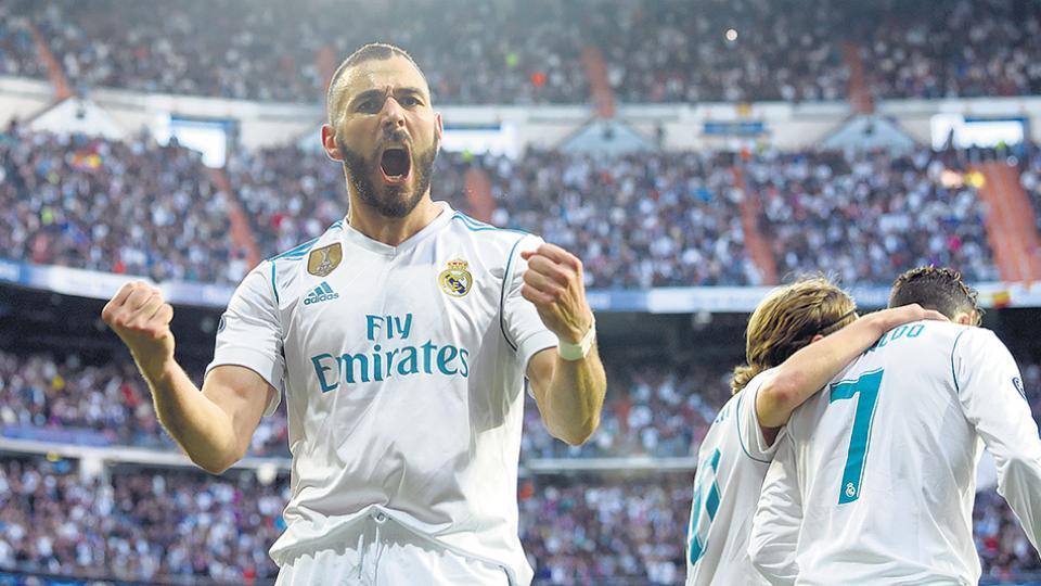Los dos goles del Real Madrid los convirtió el francés Karim Benzema, uno en cada tiempo.
