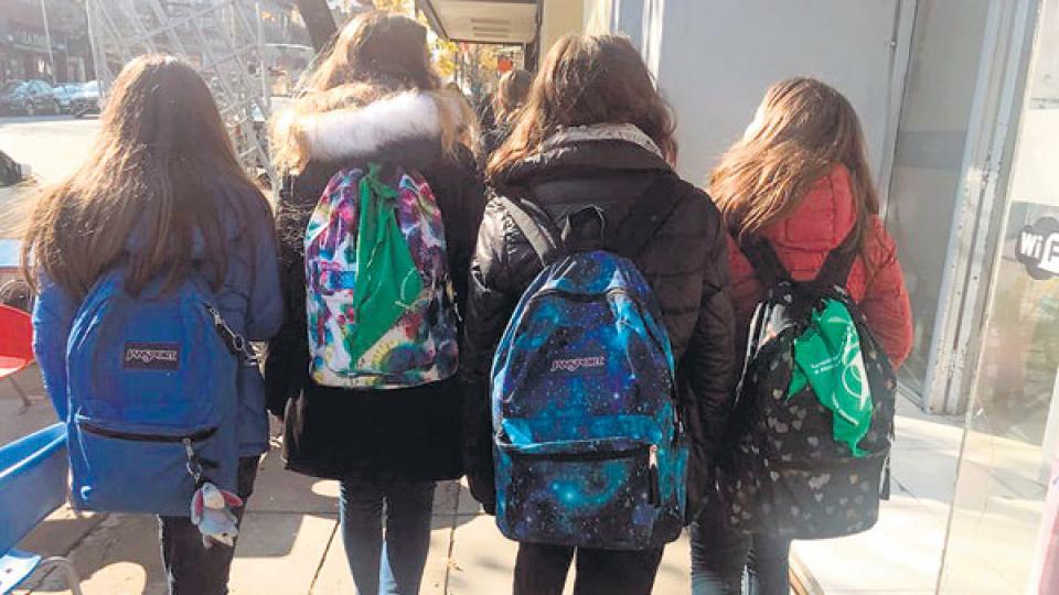 La marcha de NiUnaMenos del lunes pasado tuvo un fuerte protogonismo de chicas jóvenes que hicieron públicos sus reclamos.