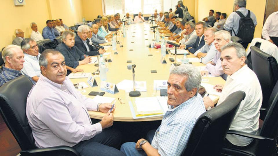 El Consejo Directivo de la CGT, el órgano que puede decidir el llamado a un paro nacional.