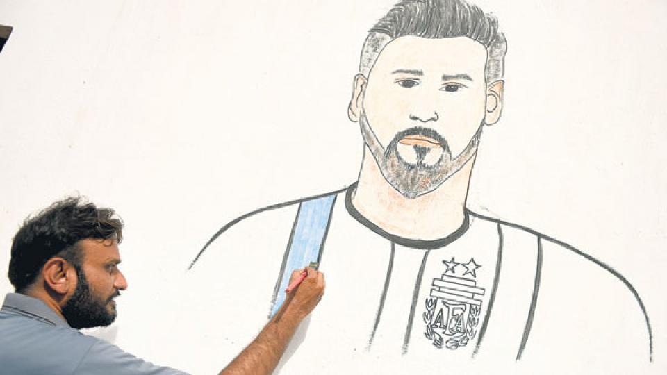 Una ilustración del diario opositor israelí Haaretz. â??Nadie podría decir que un mural a Messi es antisemitismoâ?, dice el epígrafe.