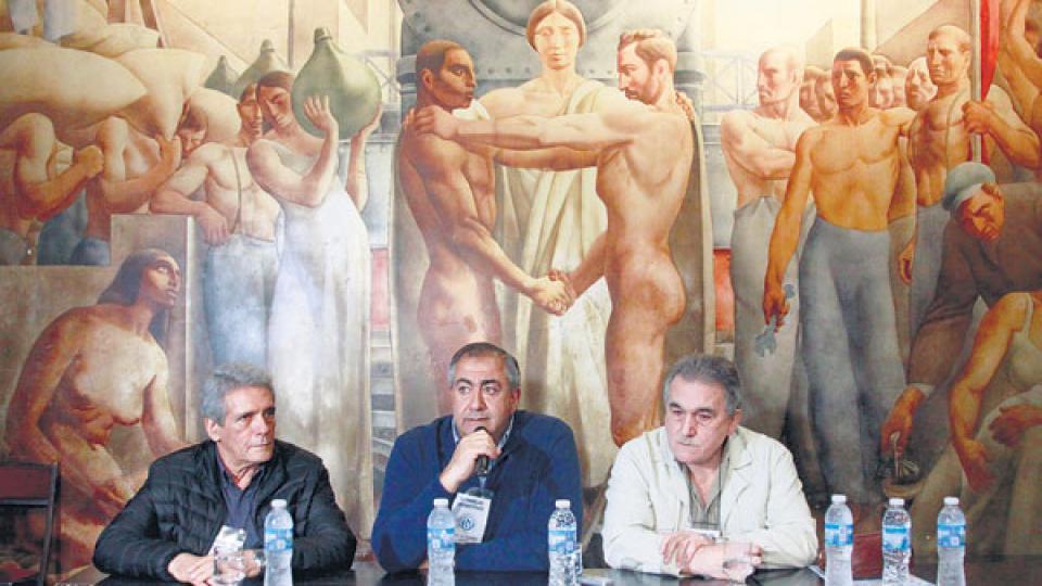 El triunvirato de la CGT se reunirá con Dujovne, Quintana y Lopetegui.
