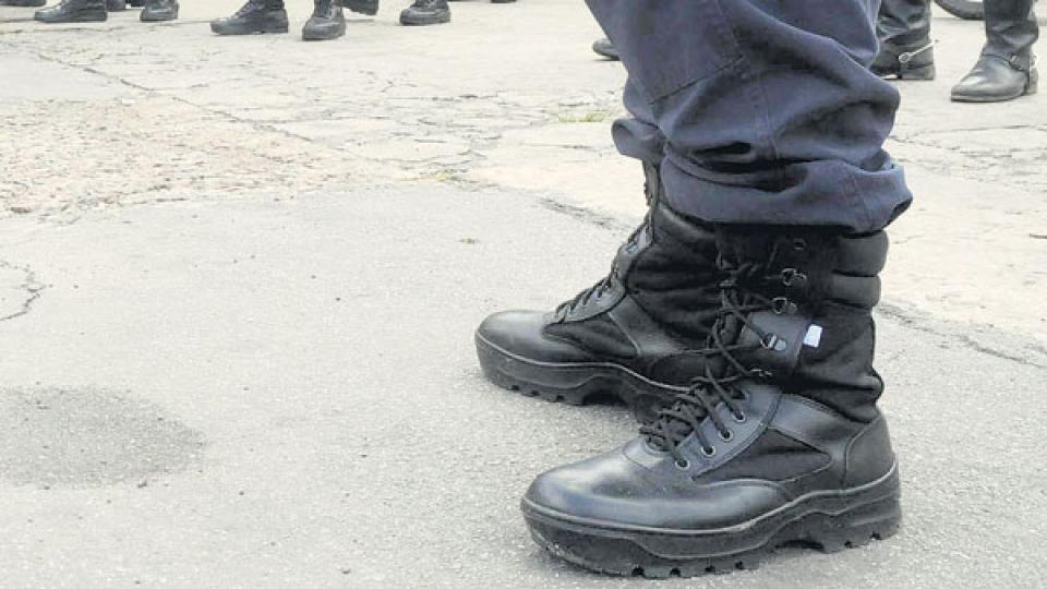 Los policías fueron separados de la fuerza, informó el ministro Cristian Ritondo.