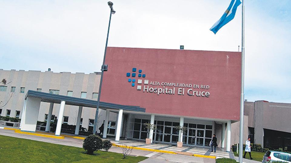 Hoy a las 11, abrazo para defender el hospital.