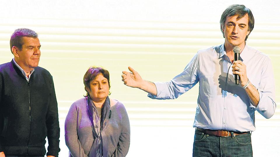 Esteban Bullrich y Graciela Ocaña, con aportantes truchos.