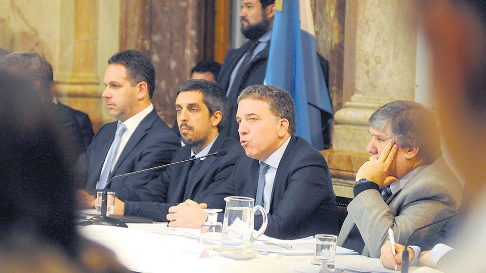 Nicolás Dujovne, ministro de Hacienda y Finanzas, defendió el acuerdo con el Fondo Monetario.