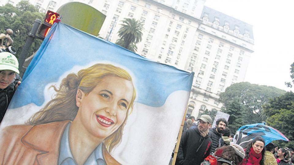 Eva tuvo un rol destacado ayer en la marcha contra el uso de las Fuerzas Armadas en seguridad interior.