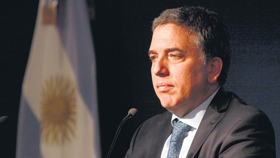 El ministro de Hacienda, Nicolás Dujovne, deberá lidiar con nuevas crisis financieras.