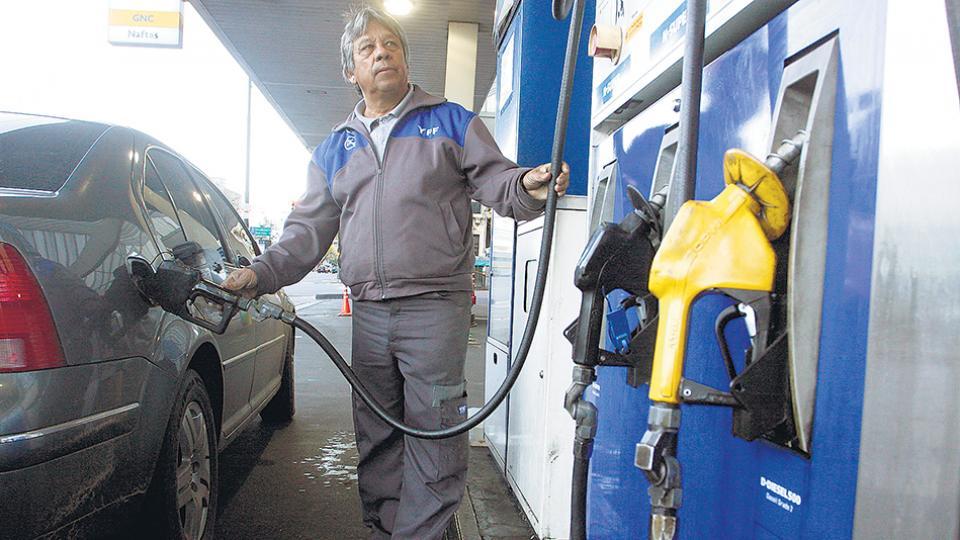 La petrolera YPF, controlada por el Estado Nacional, concentra el 55 por ciento del mercado.