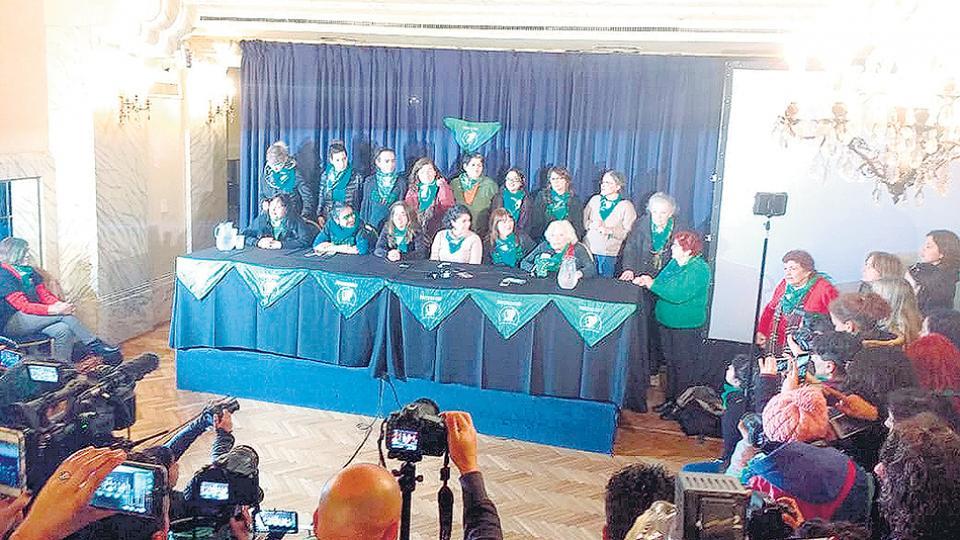 Las referentes de la Campaña sostuvieron su posición respaldadas por la impresionante movilización.