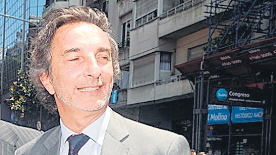 El oficialismo intentó despegar de las supuestas coimas al primo de Macri, Angelo Calcaterra.