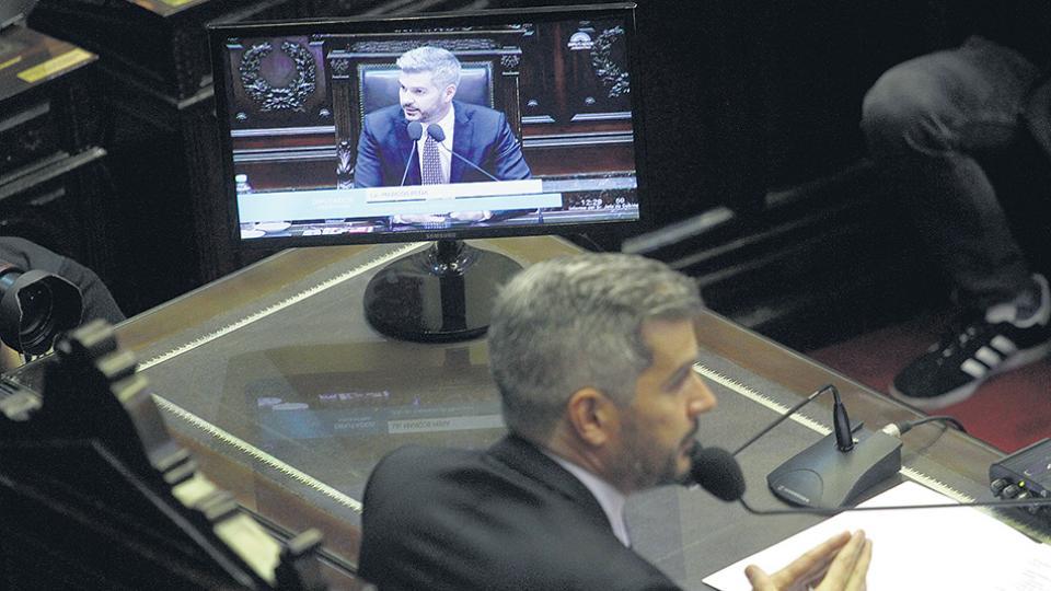 El jefe de Gabinete, Marcos Peña, aseguró a los diputados que no hubo injerencia extranjera en las campañas electorales de 2015 y 2017.