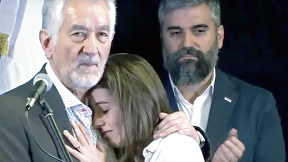 """El puntano respaldó a su ex ministra y fustigó """"la violación de su intimidad""""."""