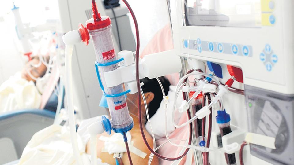 Los centros continuarán los tratamientos ya iniciados, pero no aceptarán más ingresos.