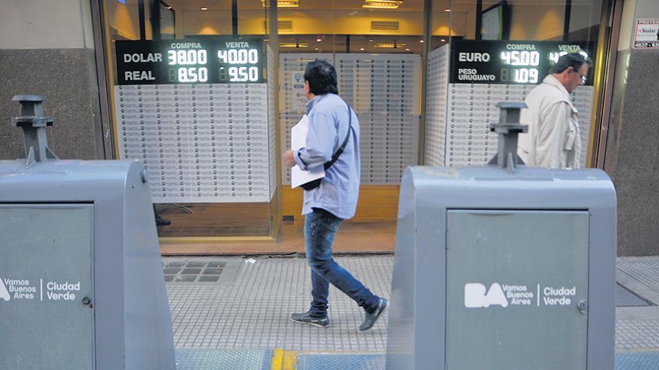 Financial Times le apuntó a Macri por el pánico que generó con su discurso en los mercados.