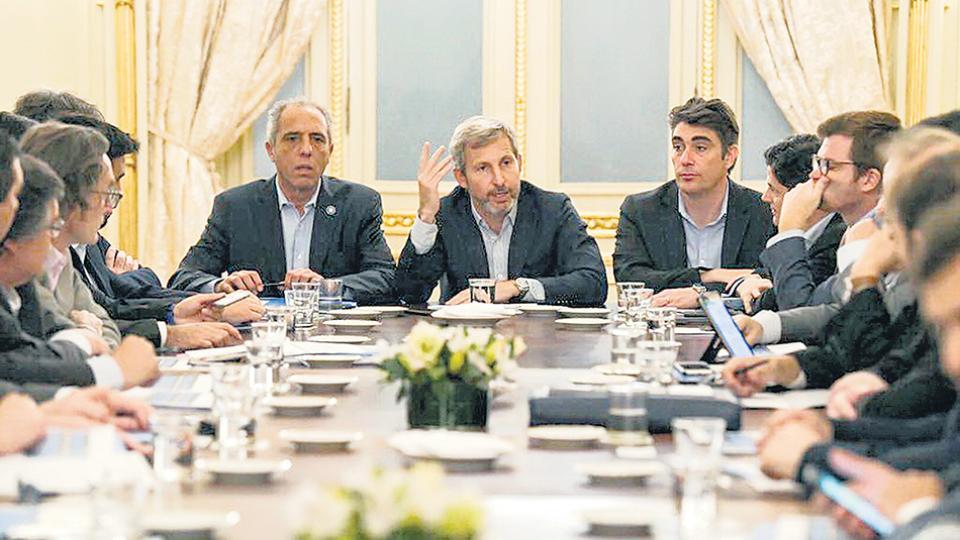 El ministro Rogelio Frigerio encabezó reuniones preparatorias para discutir el presupuesto 2019.