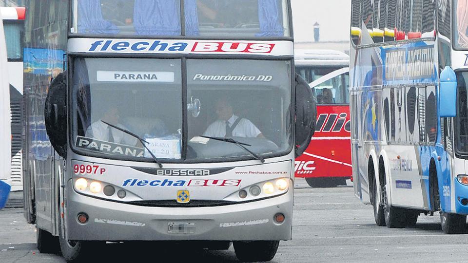 La empresa Flecha Bus presentó una situación de crisis por caída en la demanda de larga distancia y por la pérdida de subsidios.