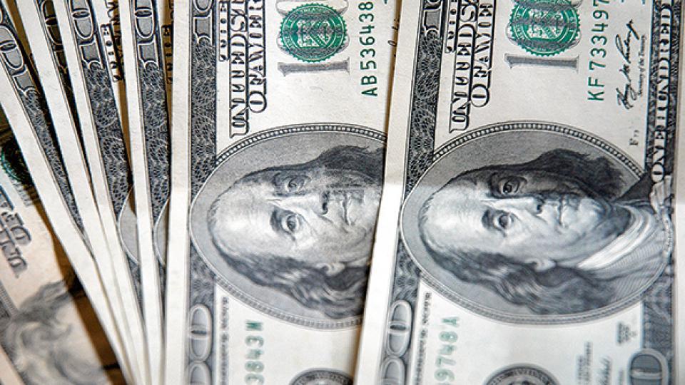 El stock total de deuda externa, pública y privada, ya asciende a más de 261 mil millones de dólares.