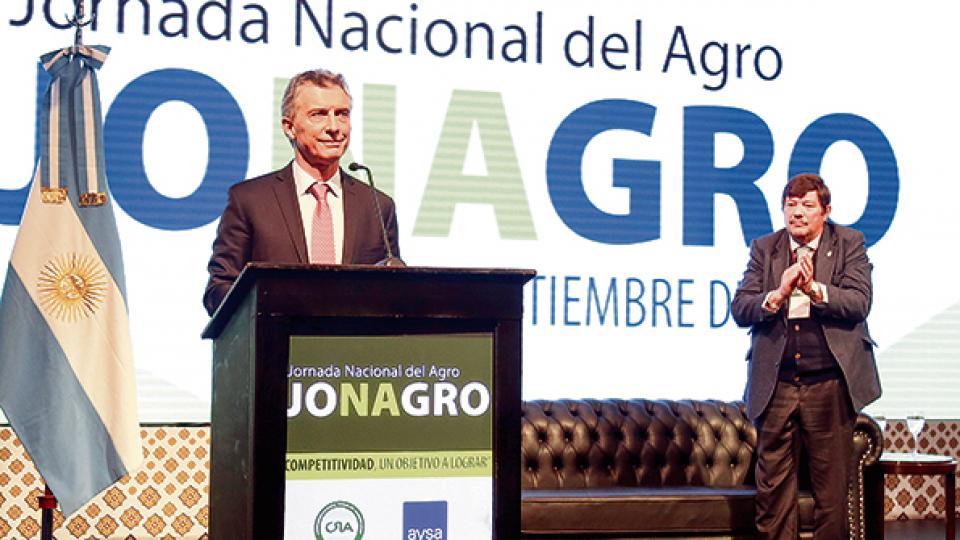 Mauricio Macri en la Jornada Anual del Agro. Defensa de la agroexportación y de la gran empresa.