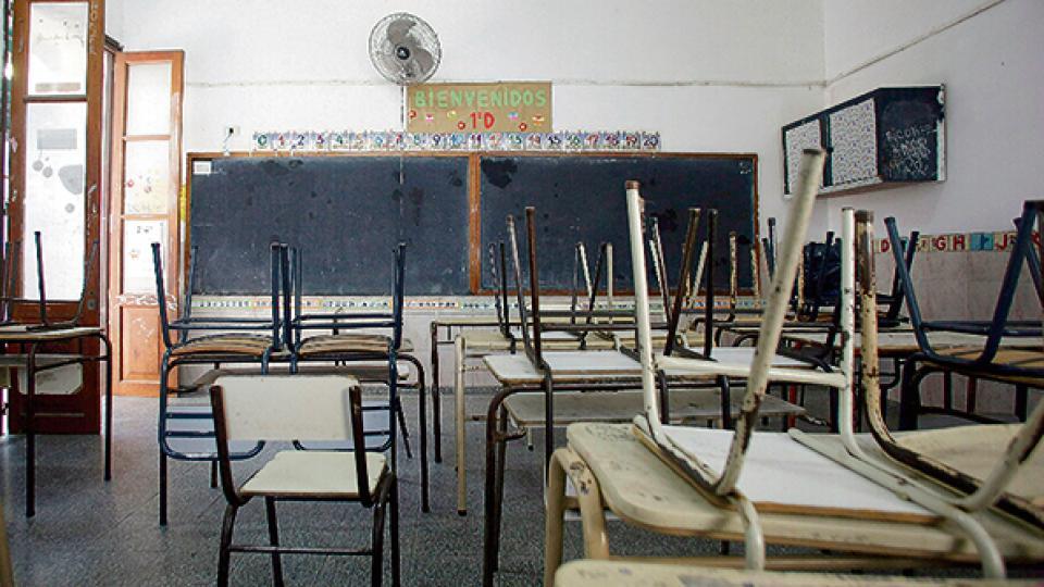 """""""Hay mucha bronca por la situación salarial y las condiciones de trabajo"""", señalaron los dirigentes docentes."""