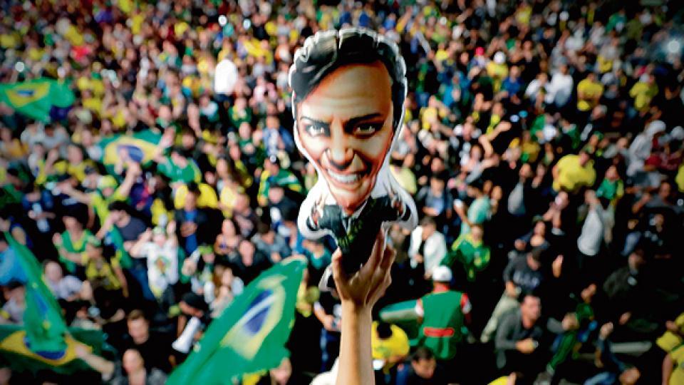 Simpatizantes de Bolsonaro celebraron la victoria en la avenida Paulista de San Pablo.